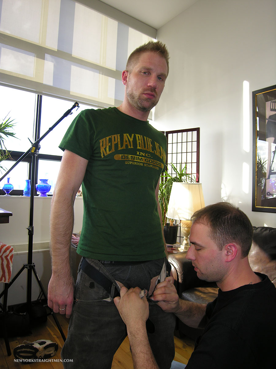 NewYork-Straight-Men-Freddy-and-Trey-Swedish-Hairy-Guy-With-Big-Uncut-Cock-01.jpg