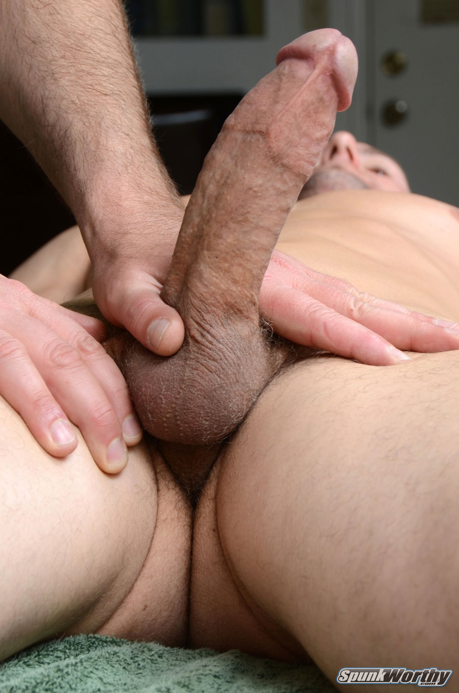 SpunkWorthy-Tommy-Straight-Guys-First-Blow-Job-From-A-Gay-Guy-Massage-Amateur-Gay-Porn-11 Amateur Straight Guy Gets His First Massage With A Happy Ending