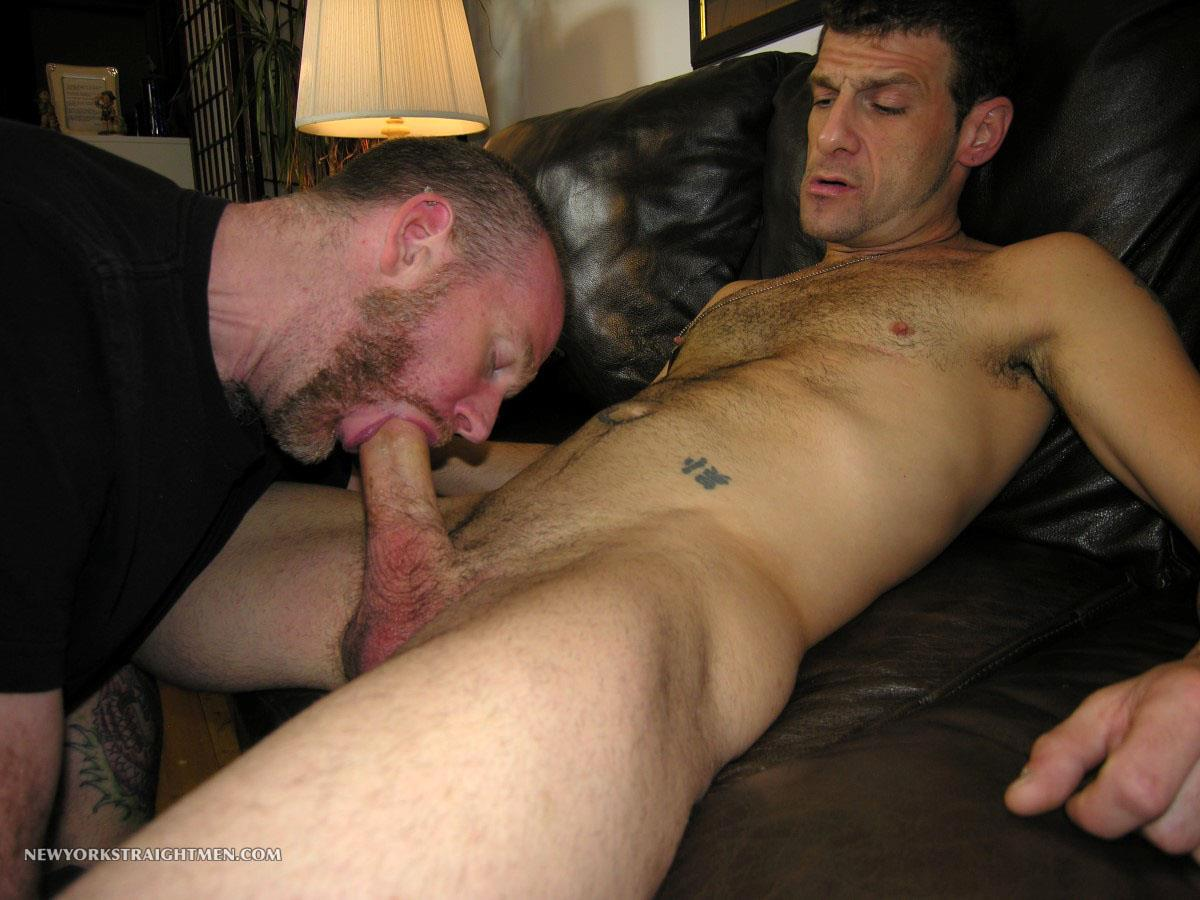 New-York-Straight-Men-Rocky-Straight-Man-Gets-His-Cock-Sucked-By-A-Gay-Guy-Amateur-Gay-Porn-09 Amateur Straight New Yorker Gets His Fat Cock Sucked By A Guy