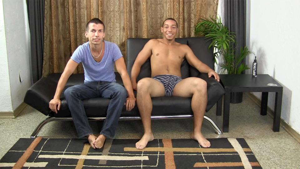 Straight-Fraternity-CJ-and-Trey-Interracial-Fucking-Amateur-Gay-Porn-01.jpg