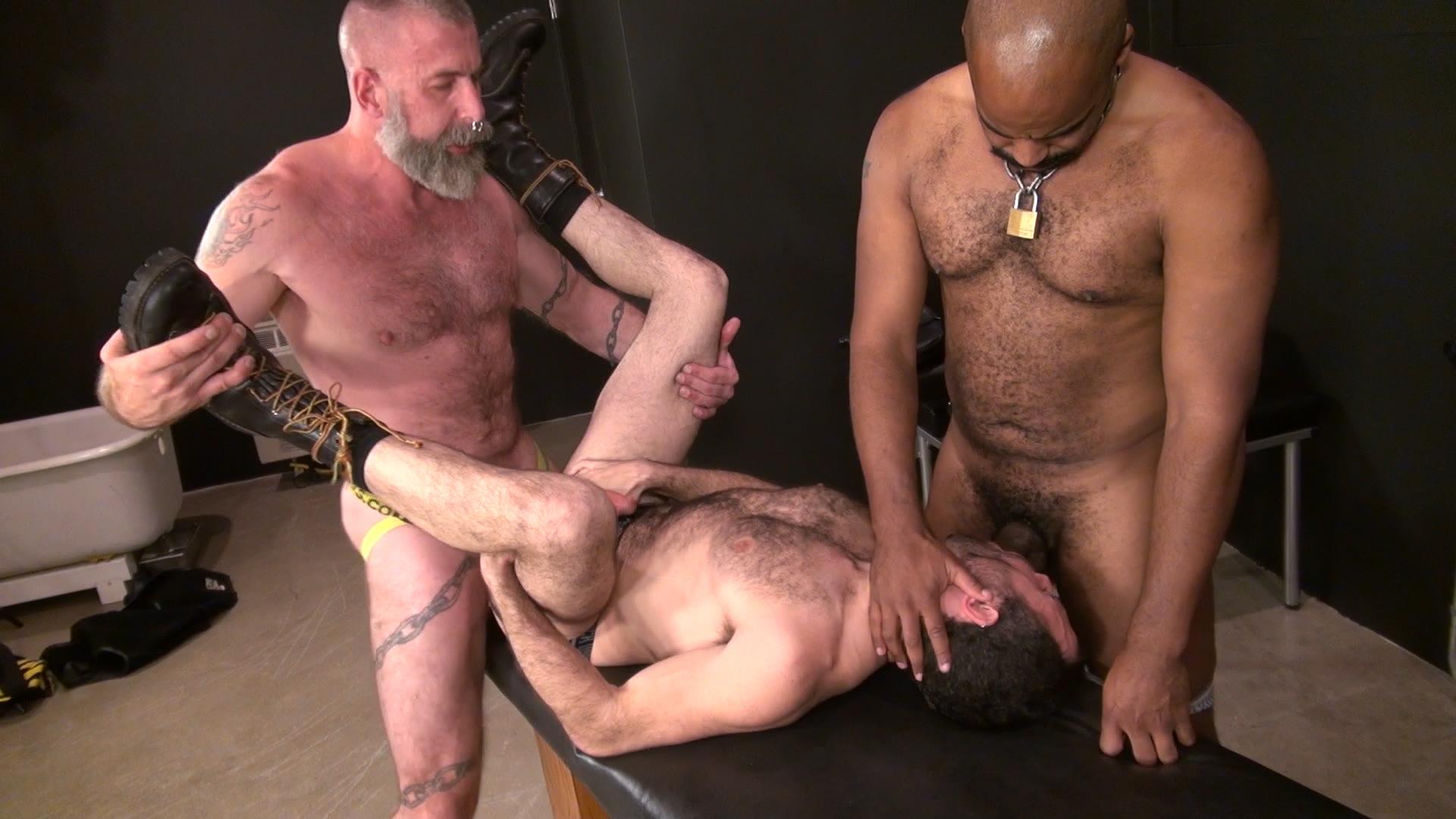 Raw-and-Rough-Jake-Wetmore-and-Dusty-Williams-and-Kid-Satyr-Bareback-Taking-Raw-Daddy-Loads-Cum-Amateur-Gay-Porn-03.jpg