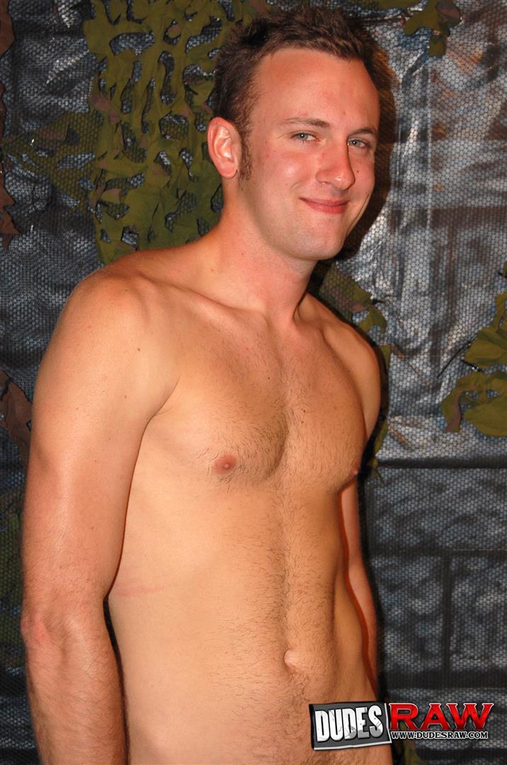 Dudes-Raw-Jacques-Satori-and-Zeke-Stardust-Army-Guys-Barebacking-Amateur-Gay-Porn-01.jpg