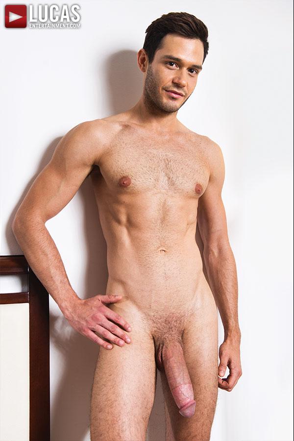 "Lucas-Entertainment-Zander-Craze-and-Leo-Alexander-Huge-12-inch-cock-Bareback-Amateur-Gay-Porn-03 Zander Craze Gets Barebacked By Leo Alexander's 12"" Cock"