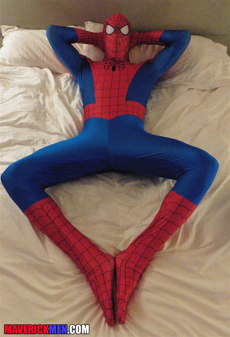 Maverick-Men-Spiderman-With-A-Big-Black-Dick-Bareback-Threesome-Amateur-Gay-Porn-02.jpg