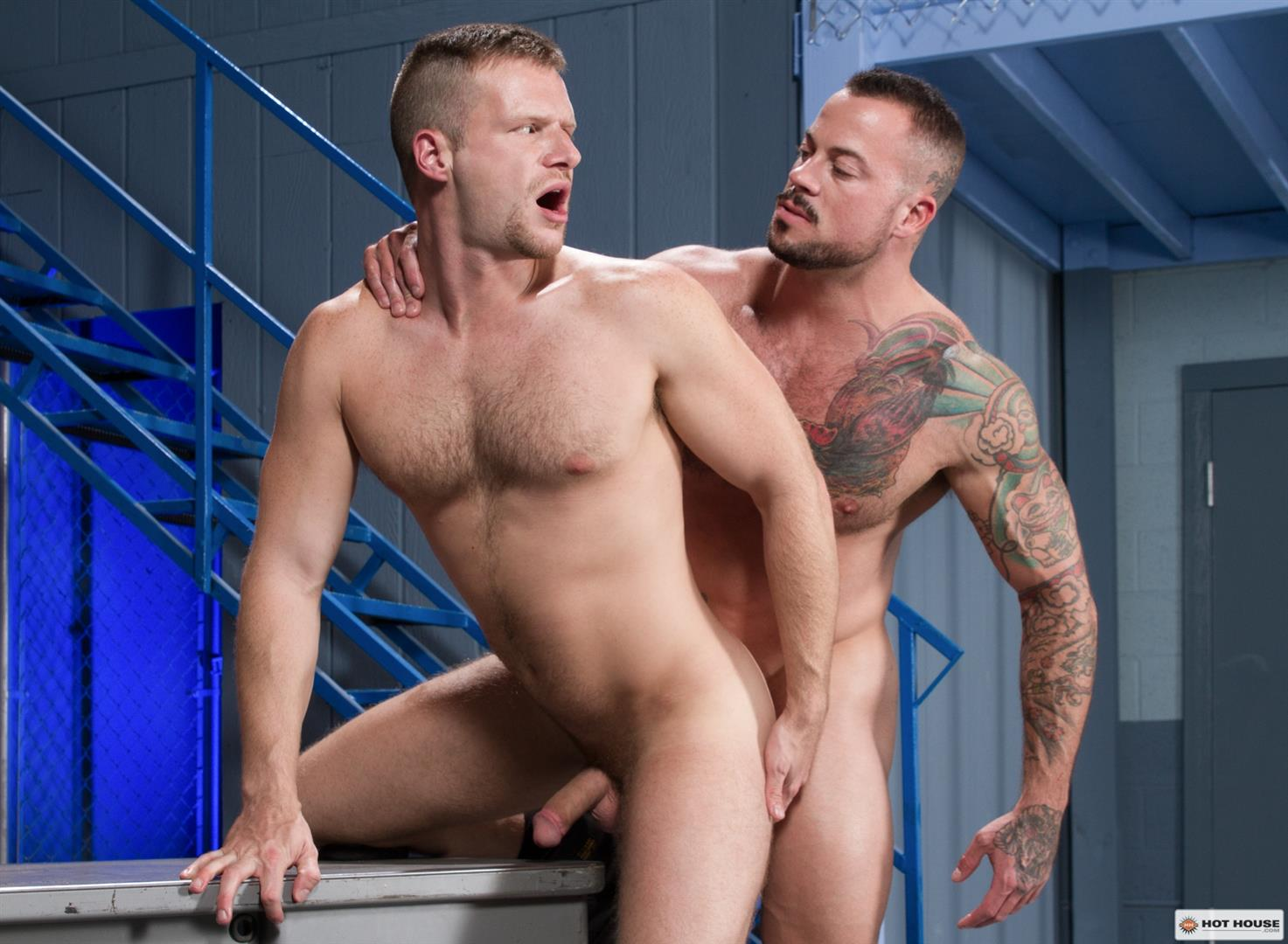 Hot-House-Brian-Bonds-and-Sean-Duran-Male-on-Male-Prison-Sex-Amateur-Gay-Porn-13 Correctional Officer Brian Bonds Gets Fucked By Inmate Sean Duran
