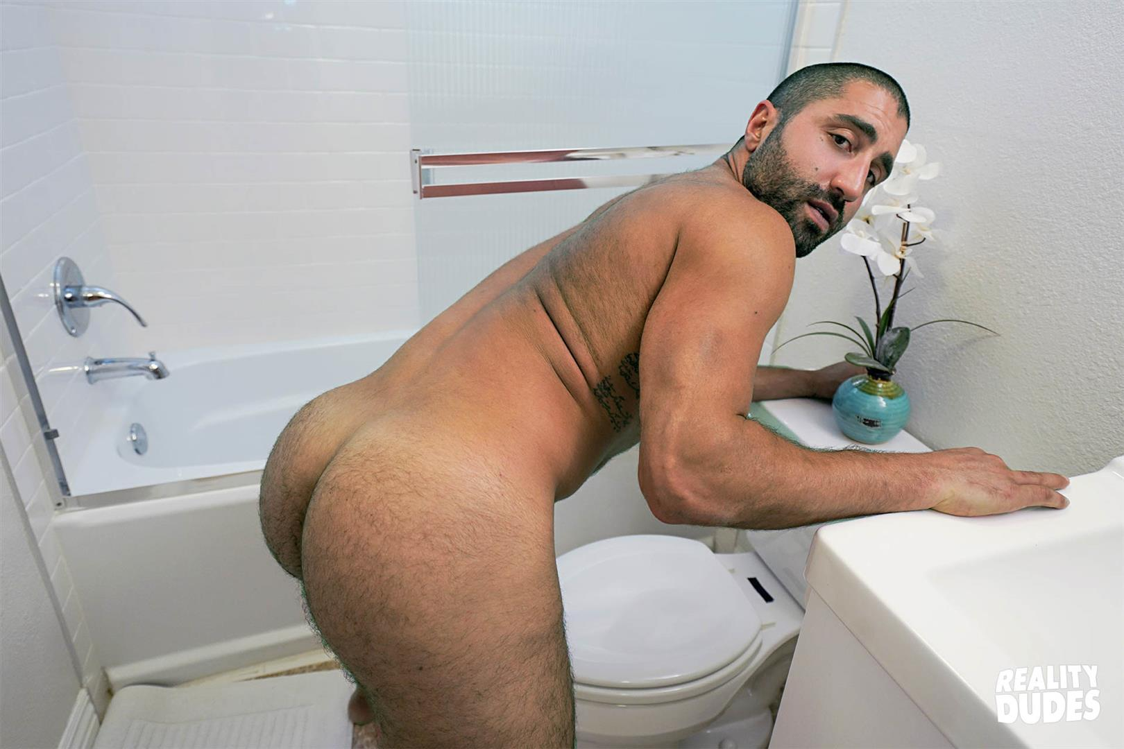 Reality-Dudes-Sharok-Straight-Guy-Gets-Fucked-In-Hairy-Ass-For-Cash-16 Paying A Straight Muscle Hunk To Let Me Fuck His Hairy Ass